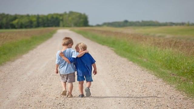 kindness  مهرورزی و خشونت طلبی kindness boys on path