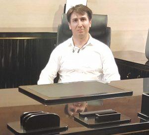Sina Yavrian  معرفی سینا یاوریان SinaOffice 300x273