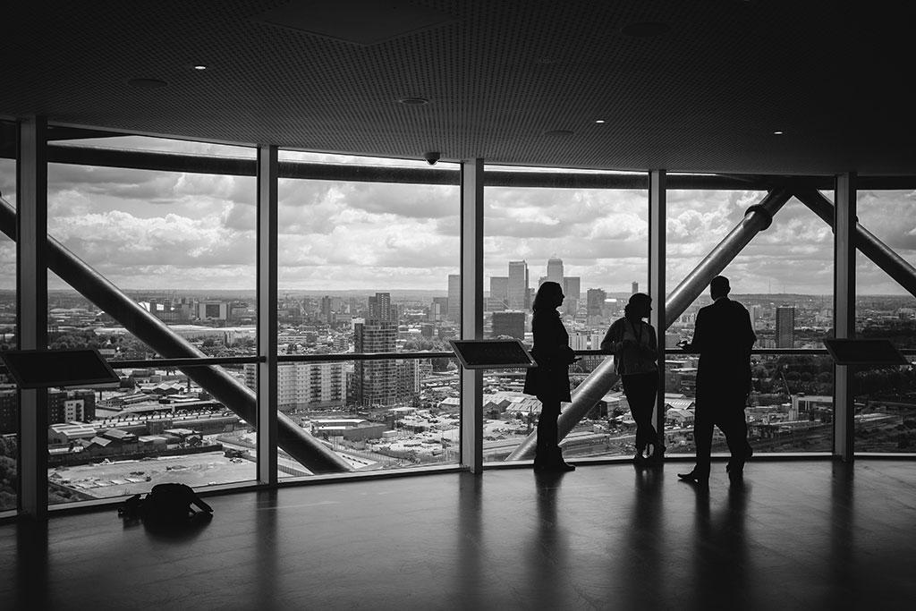 منابع مالی و مادی در موفقیت سازمانی