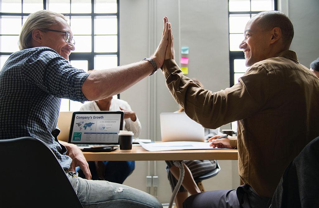 کارکنان و منابع انسانی در موفقیت سازمانی موفقیت سازمانی موفقیت سازمانی چیست و چگونه می توان به آن دست یافت؟ Organizational success5