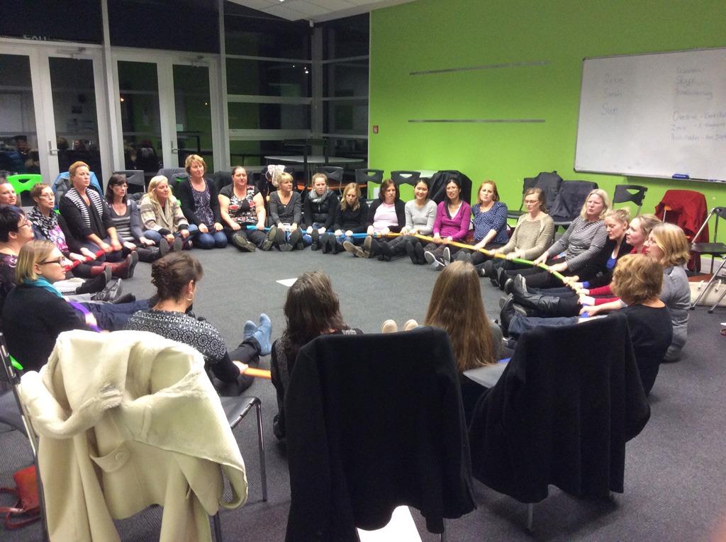 کارگاه روانشناسی محلی برای تمرین مهارت های زندگی