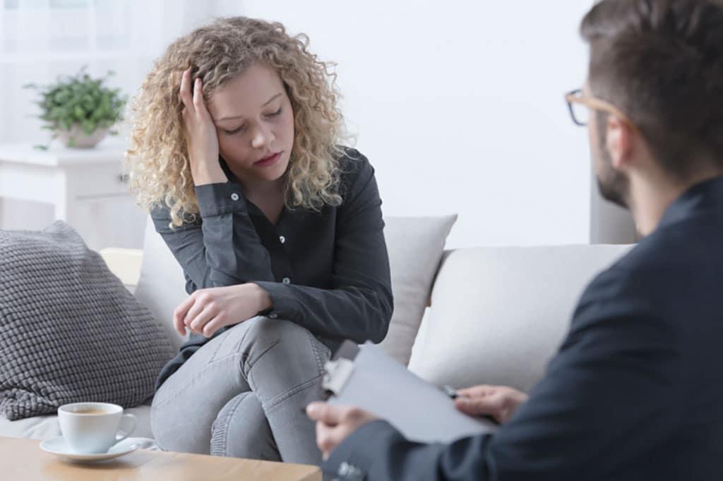 طرحواره درمانی جفری یانگ چیست و چه کاربردی در روان درمانی دارد؟