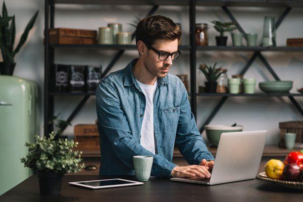 تاثیر هوش هیجانی بر موفقیت شغلی  مطالب مفيد مرتبط 457208 PFCN3T 811 600x400