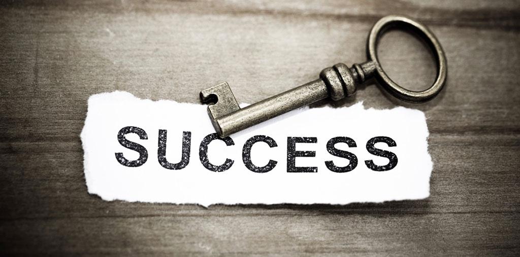 راز موفقیت انسان های بزرگ (4 راز موفقیت انسان های موفق)