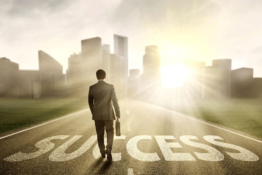 راز موفقیت انسان های بزرگ (4 راز موفقیت انسان های موفق) راز موفقیت انسان های بزرگ راز موفقیت انسان های بزرگ (5 راز موفقیت انسان های موفق) Success2