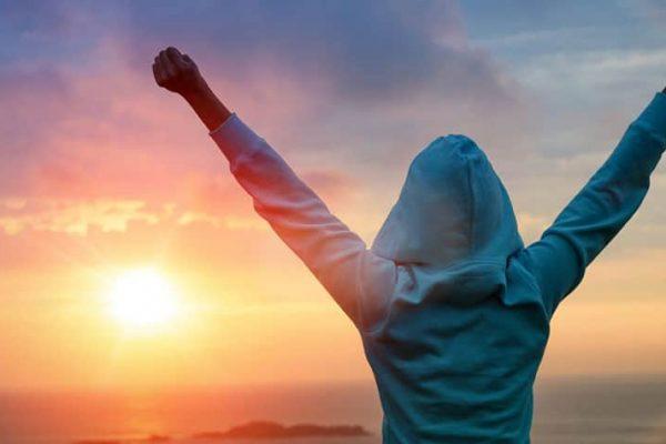 راز موفقیت انسان های بزرگ (5 راز موفقیت انسان های موفق)  مطالب مفيد مرتبط success 600x400