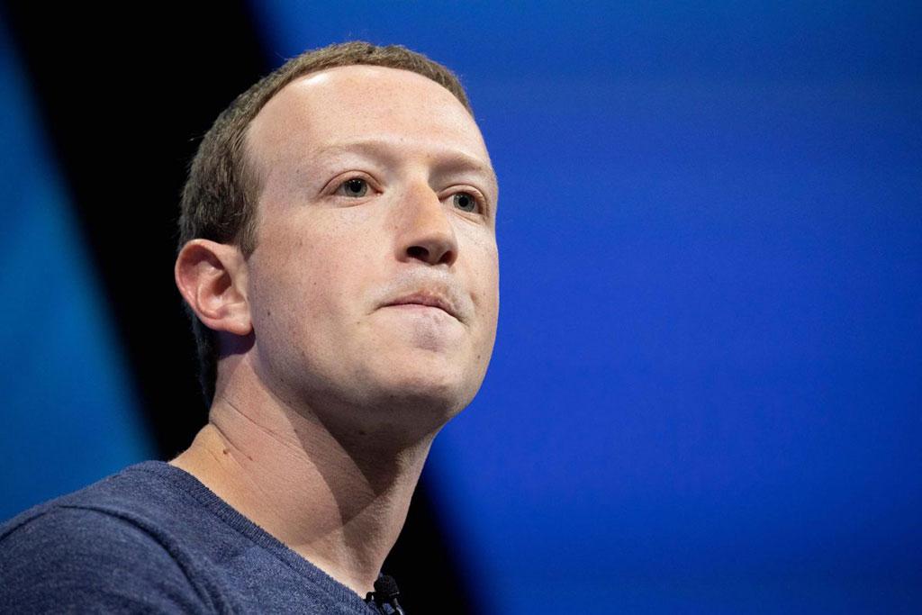 درس موفقیت 10 درس موفقیت از 10 فرد موفق دنیا که به موفقیت شما کمک می کند Mark Zuckerberg